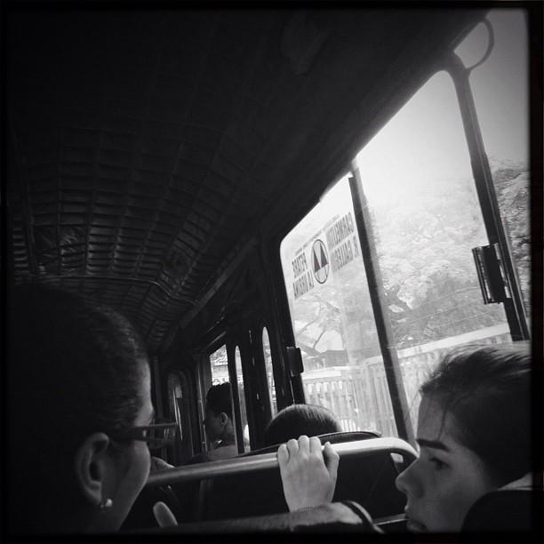 Pasajero  by Alejandro Aristeguieta passengers,