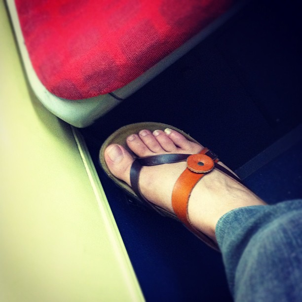 Otoño en sandalias  by Núria Rodríguez passengers,