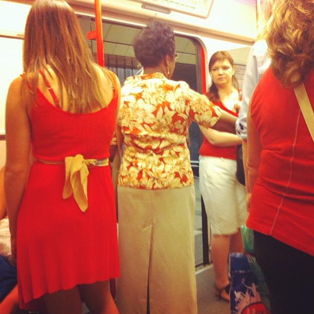 Red conjunction      by Joan Torrens metro, passengers, praha, tallerdefotos, underground,
