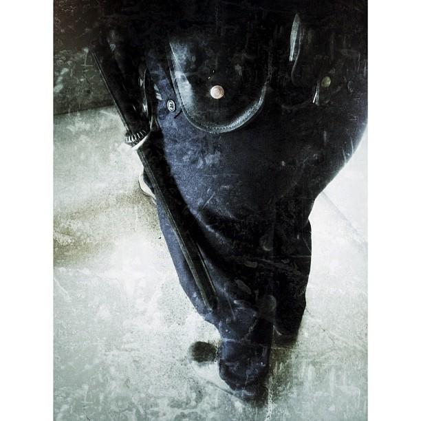 El oficial Matute by Omitsu Issey                    by Omitsu Issey eyephoneography, fotografiandolavida, igersbarcelona, igersbcn, igerscatalonia, igersmania, instagood, instagrameando, iphonesia, myworldshared, passengers, photography, photooftheday, statigram, streetphotography, themobilephoto, ubiquography, webstagram,