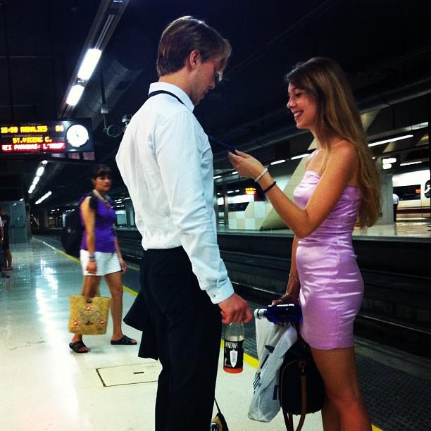 Me gusta tu corbata                by Rafa Pérez bestoftheday, igers, instagram, instagramers, iphoneography, iphonesia, mobilephotography, passengers, photooftheday, picoftheday, rafaperez, statigram, street, streetphotography, webstagram,