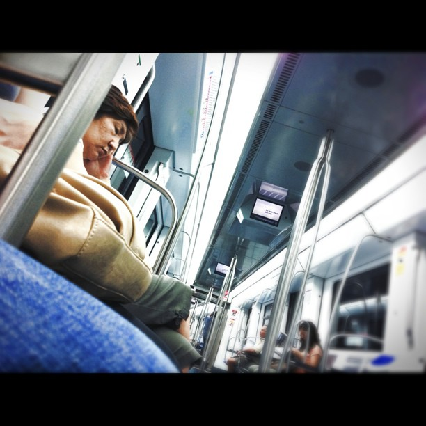 Metro Barcelona - nap time    by Lluis Gerard 5minago, barcelona, iphoneography, passengers,