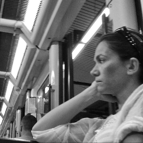 Una mirada fija by miguel sánchez barcelona, blackandwhite, blancinegre, blancoynegro, clubinstagram, clubsocial, daily, fotodeldia, igdaily, igersbarcelona, igersbcn, igerscatalonia, igerscatalunya, instadaily, instagood, instagram, instagramers, instagramhub, instahub, instamood, iphonesia, metro, passengers, photogramers, photooftheday, phototitos, picoftheday, statigram, subway, webstagram,
