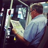 (Reading) newspaper  by Paula Jarrin barcelona, fcb, igersbcn, igerscatalunya, instagramers, iphoneonly, iphonesia, newspaper, passengers, tmb, ubiquography,