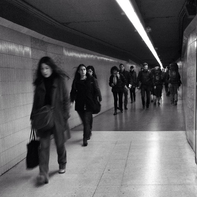 Z                   by Benjamín Julve bcn, blackandwhite, bnw_shots, bw, igers, iphonesia, monochrome, passengers, photooftheday, statigram, street, streetphotography, transport, ubiquography, webstagram,
