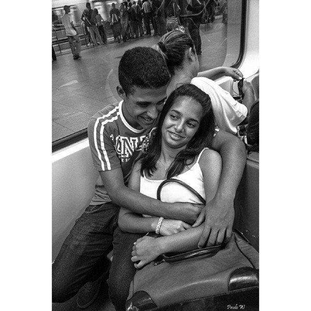 Love is not in the air, is at the train... O amor não está no ar, está no trem...  by Paulo Wang allshots_, amigersbr, ampt_community, blacknwhite_perfection, bnw_life, brasilpb, bws_artist_latin, bws_worldwide, chiquesnourtemo, galeriamink, ic_bw, ic_streetlife, iglightshots, insta_pick_bw, jornalistasdeimagens, mafia_streetlove, master_shots, mono_street, most_deserving_bw, my_flagrants, passengers, pix_mania, rsa_streetview, sambapix, streetbw, streetphotography_bw, street_minimal, vidanoolhar, youmustsee,
