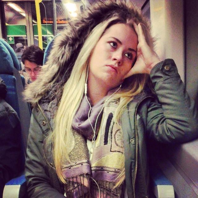 Eskimo      by southcoasting blonde, boredyouth, fakefur, parka, passengers,