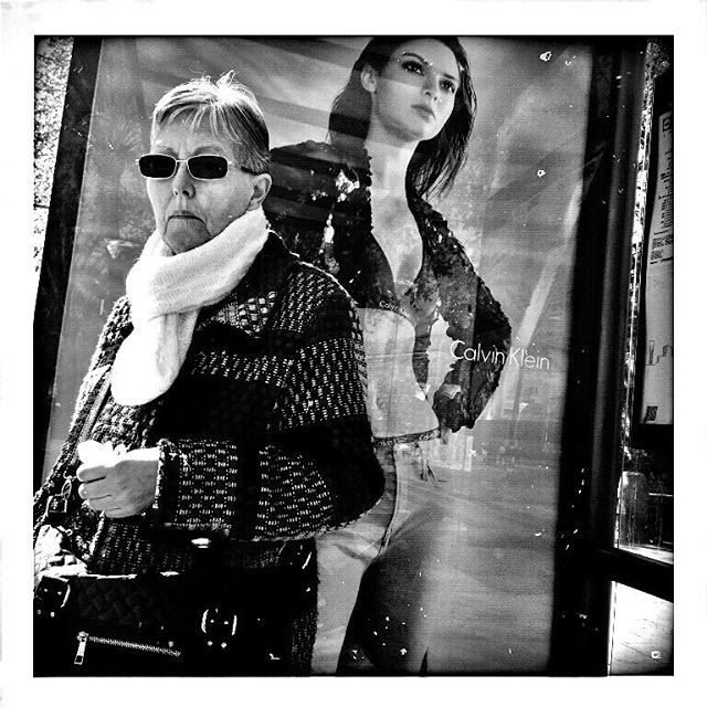 Mrs & Miss Klein by Godo Chillida ad, barcelona, bkackandwhite, black_and_white, bn, bnw, bnw_life, bnw_society, busstop, bw, bw_lover, bw_photooftheday, bw_planet, elraval, miss, monochrome, mrs, noir, passengers, streetphoto, streetphotography, streetphotography_bw, streetphoto_bw, ubiquography, woman,