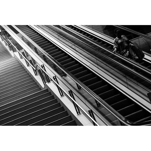 Lines... Linhas... by Paulo Wang achadosdasemana, all_bnwshots, amigersbr, bnw_universe, brbw, brstreet, bwstylesgf, capturestreet, fotomissao, ic_streetlife, ig_saopaulo, ig_street, instadozamigos, jornalistasdeimagens, mobgraphia, mono_street, new_chiquesnourtemo, passengers, pix_mania, rsa_streetview, shootermag_brasil, spdagaroa, streetbwcolor, streetlife_award, streetphoto_brasil, super_saopaulo, vejocotidiano, vejo_sp,